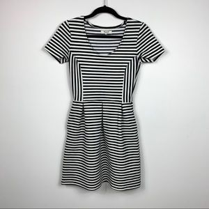 Madewell Dress Size 2 Striped Black White Small